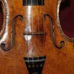 Holding image of violin7